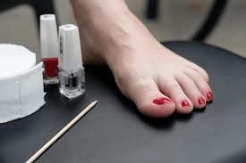 How To Get A Safe Pedicure With Toenail Fungus