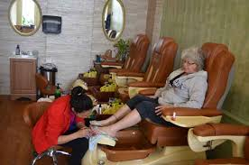 What Are The Risks Of Doing A Pedicure With Toenail Fungus